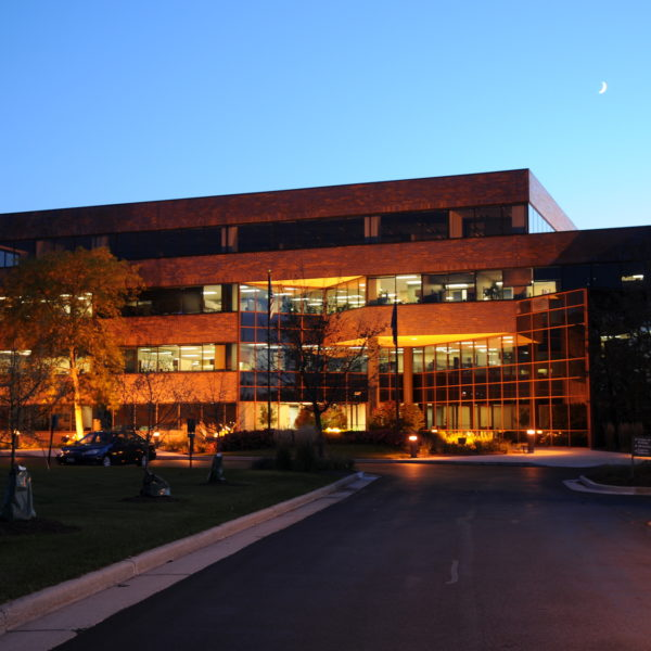The front of the Deer Creek Corporate Center located in Brookfield, WI, and managed by the Zeller.
